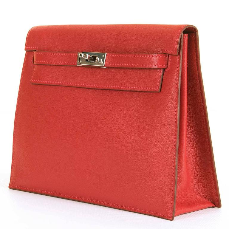 RARE & PRISTINE Hermes Danse Kelly Bag in Swift Leather with Palladium Hardware 4