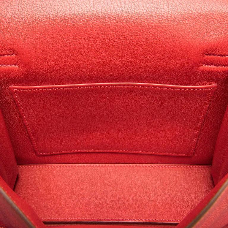 RARE & PRISTINE Hermes Danse Kelly Bag in Swift Leather with Palladium Hardware 8