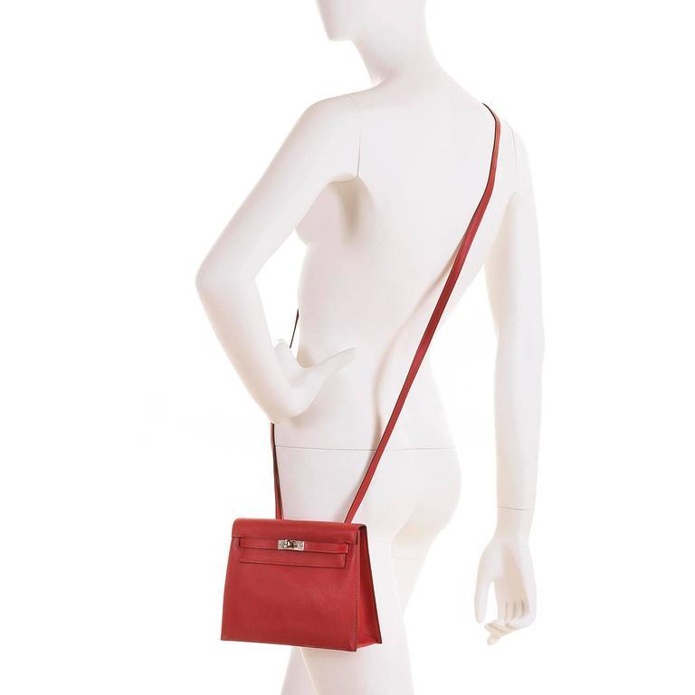 RARE & PRISTINE Hermes Danse Kelly Bag in Swift Leather with Palladium Hardware 10