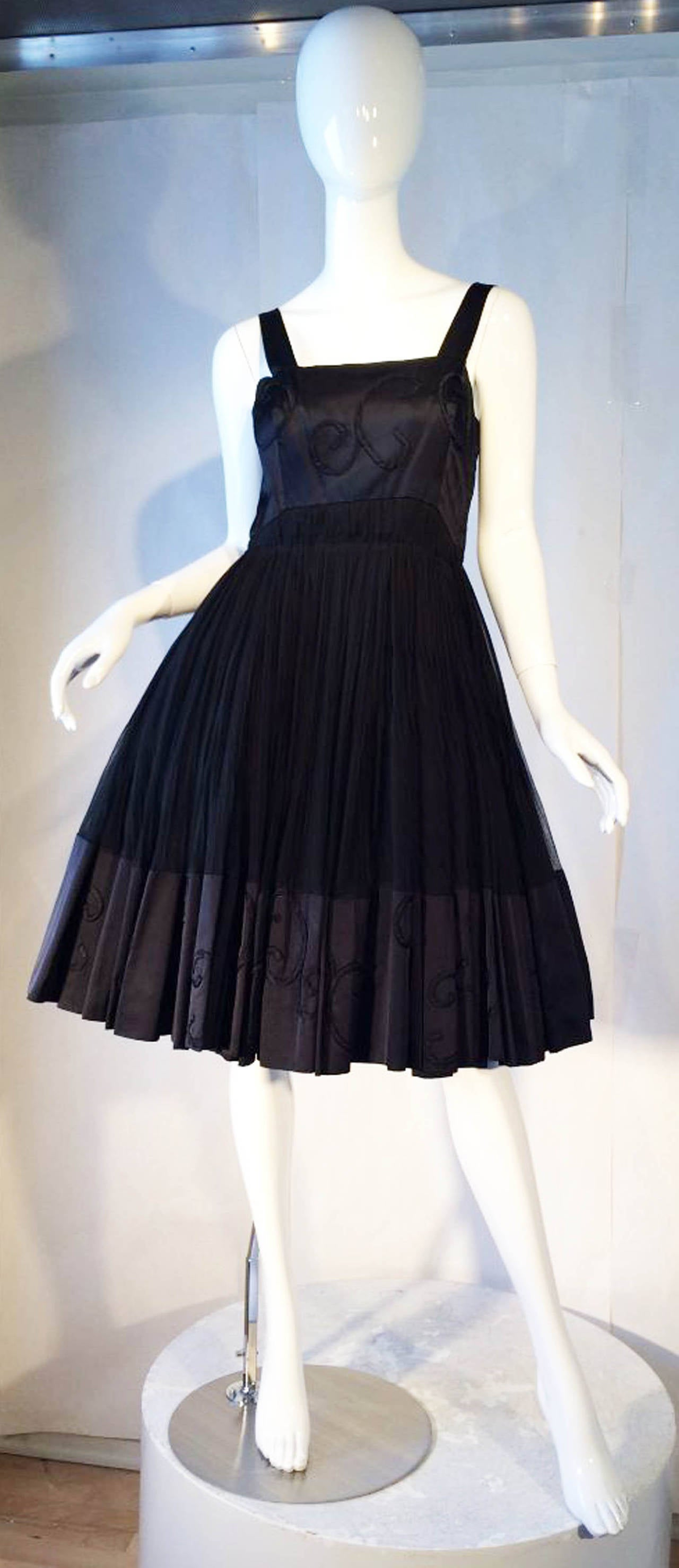 Jean patou haute couture cocktail dress at 1stdibs for Haute couture dress price