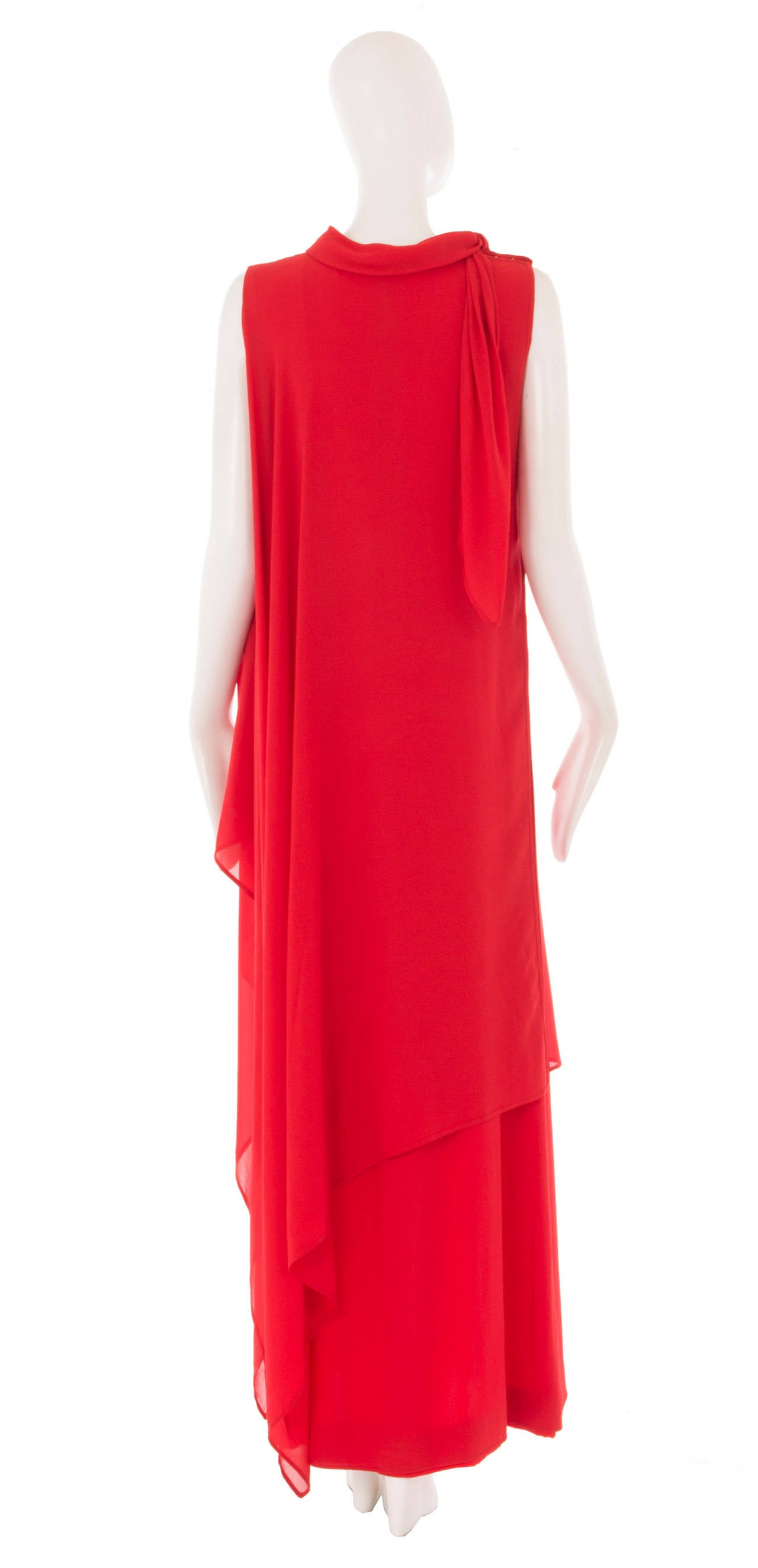 A Pierre Balmain haute couture dress, circa 1968 3