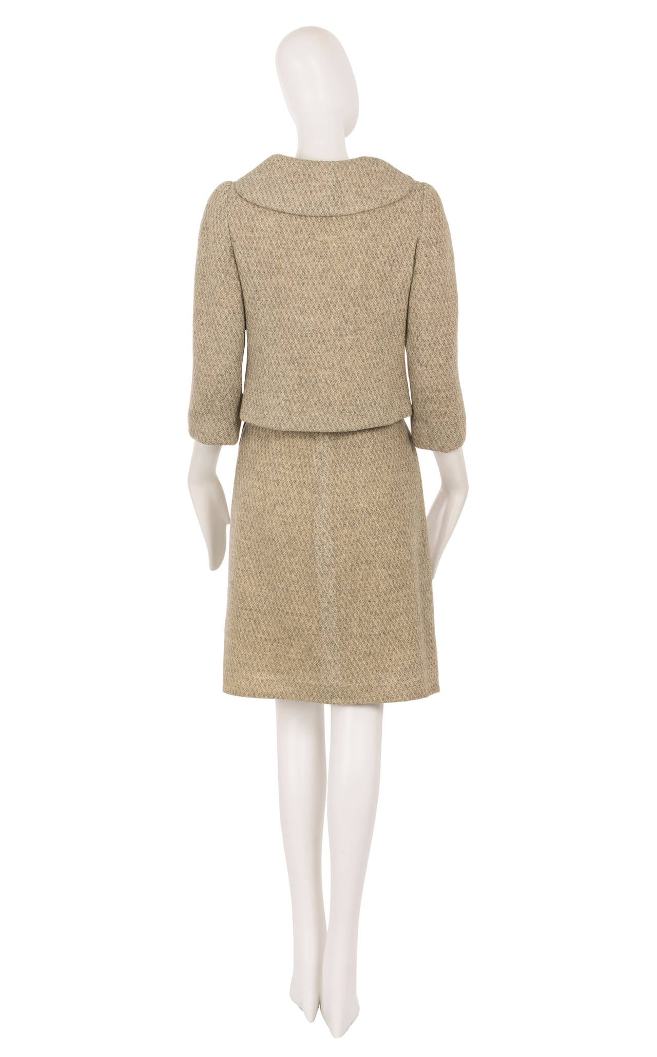 A mainbocher haute couture skirt suit circa 1960 at 1stdibs for Haute couture suits