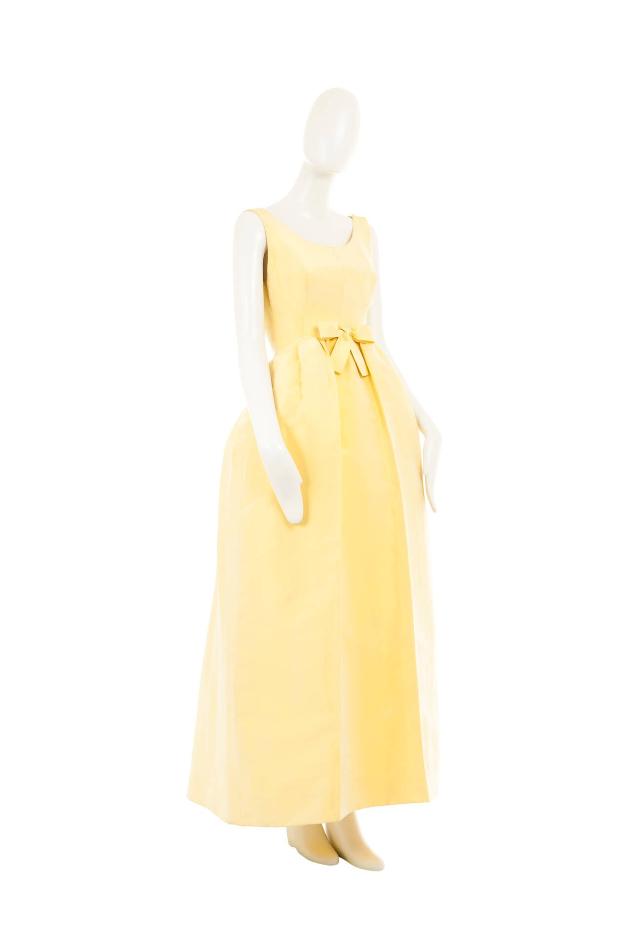 A balenciaga haute couture dress circa 1960 for sale at for Haute couture sale