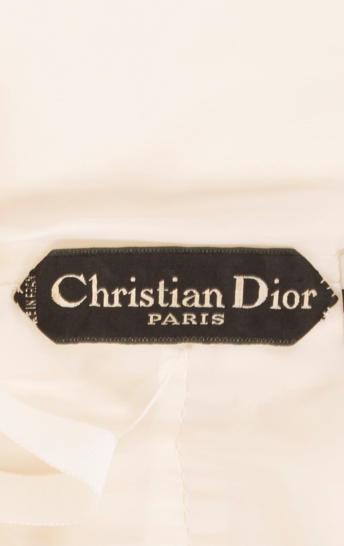 A Dior haute couture dress, circa 1960 6
