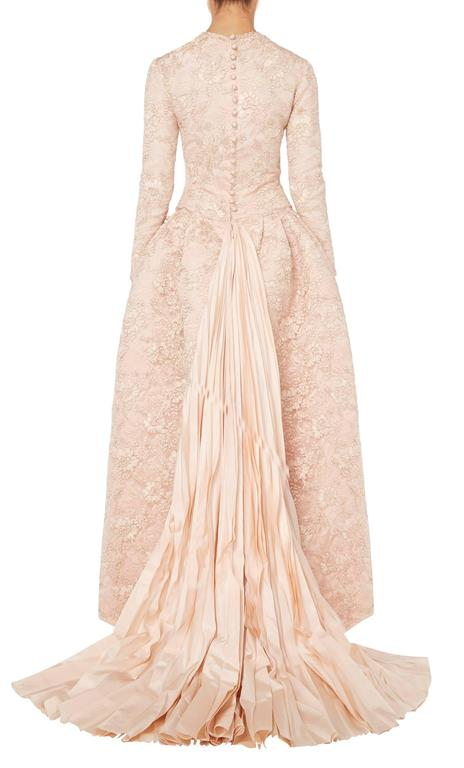 Beige Nina Ricci haute couture pink gown, circa 1994 For Sale