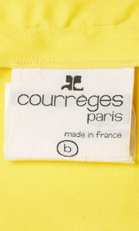 Women's Courrèges yellow skirt, circa 1970 For Sale