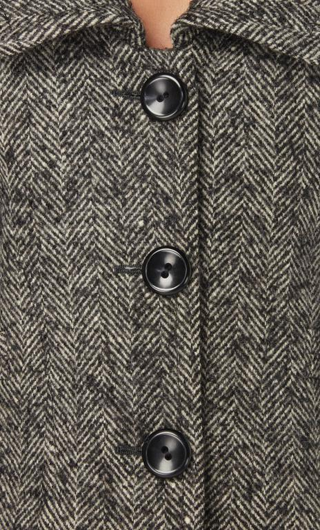 Nina Ricci haute couture grey skirt suit, circa 1958 In Excellent Condition For Sale In London, GB