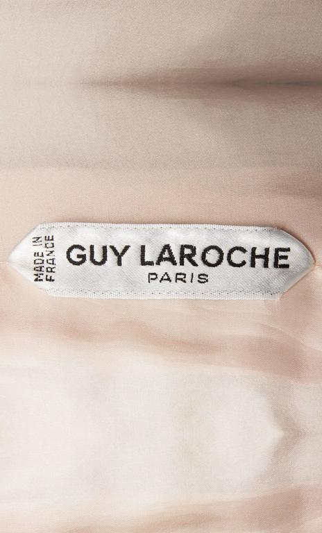 Guy Laroche Haute couture pink dress suit, circa 1970 For Sale 2