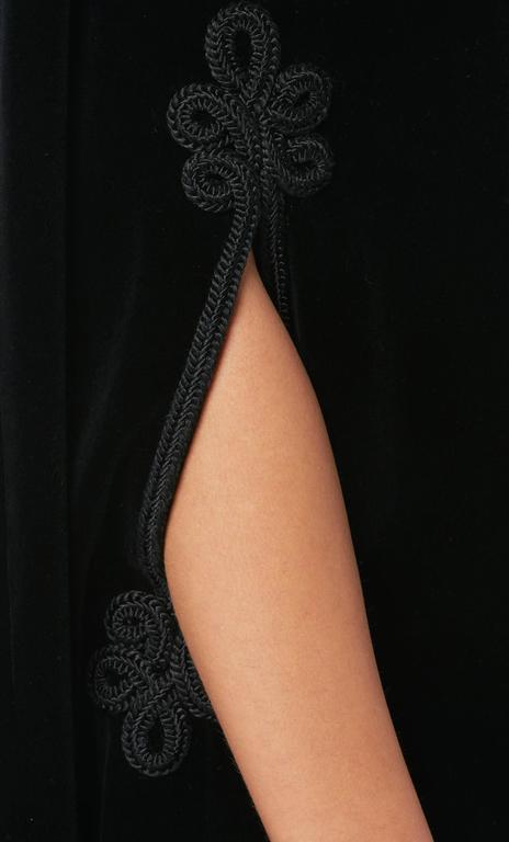 Jean Patou black cape & skirt, circa 1970 6