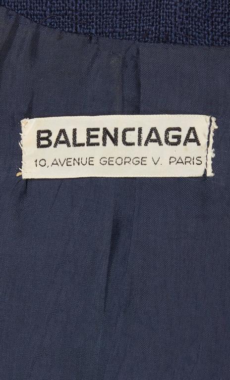 Women's Balenciaga haute couture navy skirt suit, circa 1963 For Sale