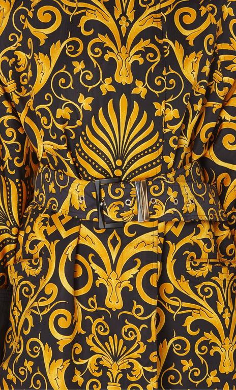 Versace Gold & black printed coat, Autumn/Winter 1991 In Excellent Condition For Sale In London, GB