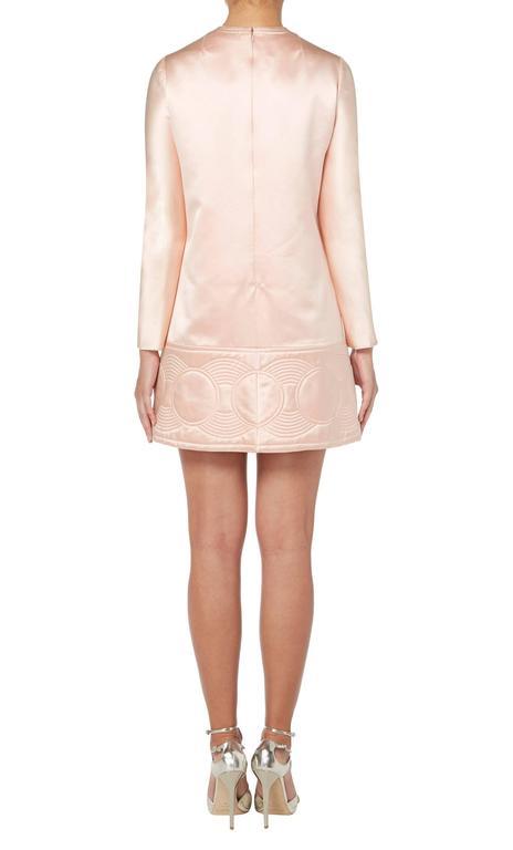 White Pierre Cardin haute couture pink dress, Autumn/Winter 1969 For Sale