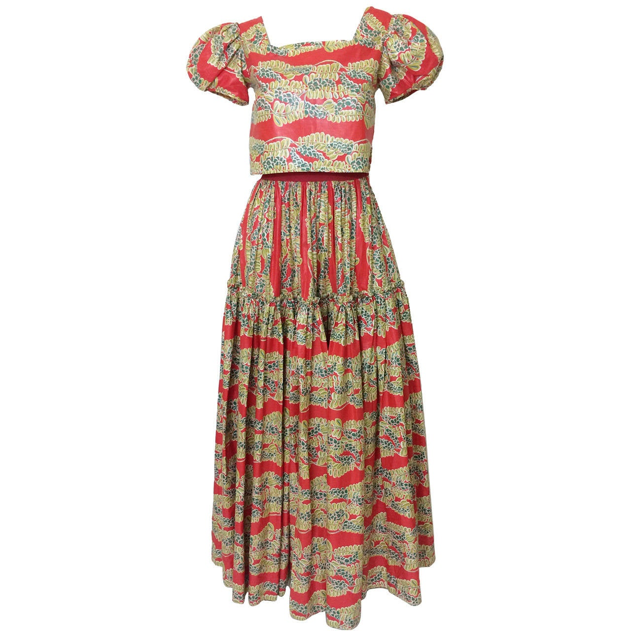 1940s  Polished Cotton Floral Print Short Puff Sleeve Maxi Dress For Sale