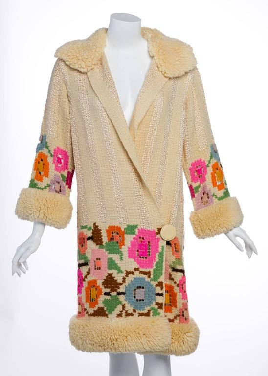 Beige French Art Deco Couture Ivory Wool and  Silk Floral Flapper Coat, 1920s  For Sale