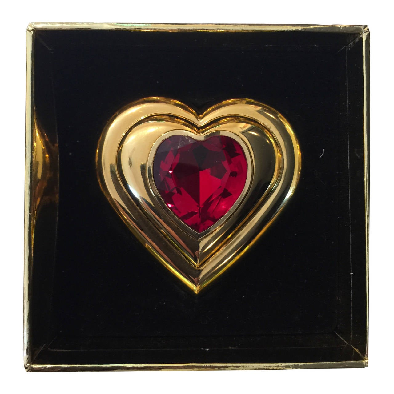 882cc14903b Yves Saint Laurent Paris Dazzling Ruby Crystal Jewel Heart Compact YSL New  For Sale
