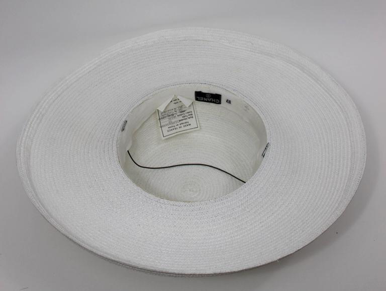 Vintage Chanel White Hat w/ Camellia Flower & Ribbon Trim For Sale 2