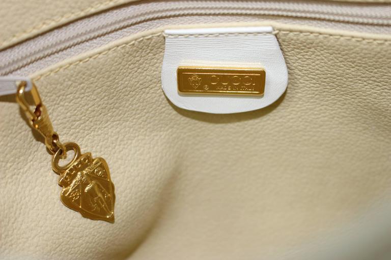 2f2b68dfcc28e6 Vintage Gucci Floral Canvas White Leather Cross Body Shoulder Bag Purse For  Sale 2