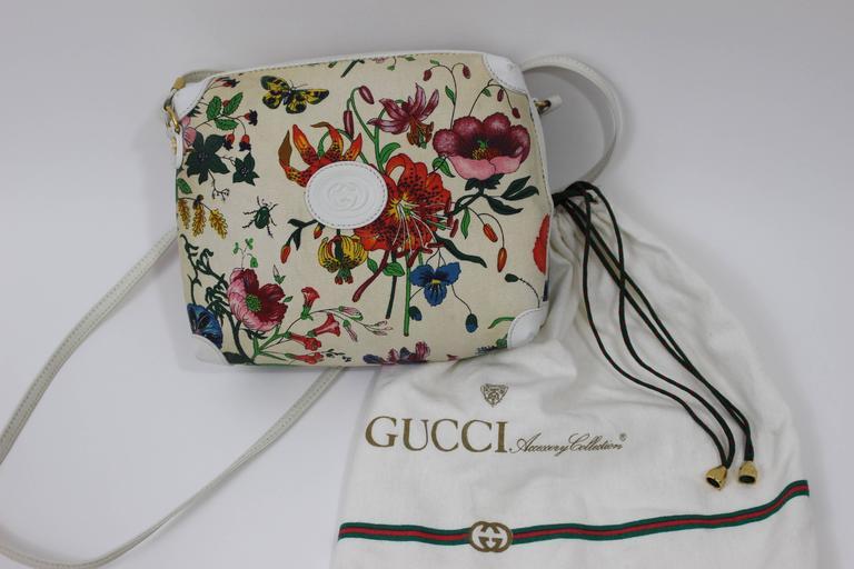 3c36d4eb9b7b2c Vintage Gucci Floral Canvas White Leather Cross Body Shoulder Bag Purse For  Sale 3