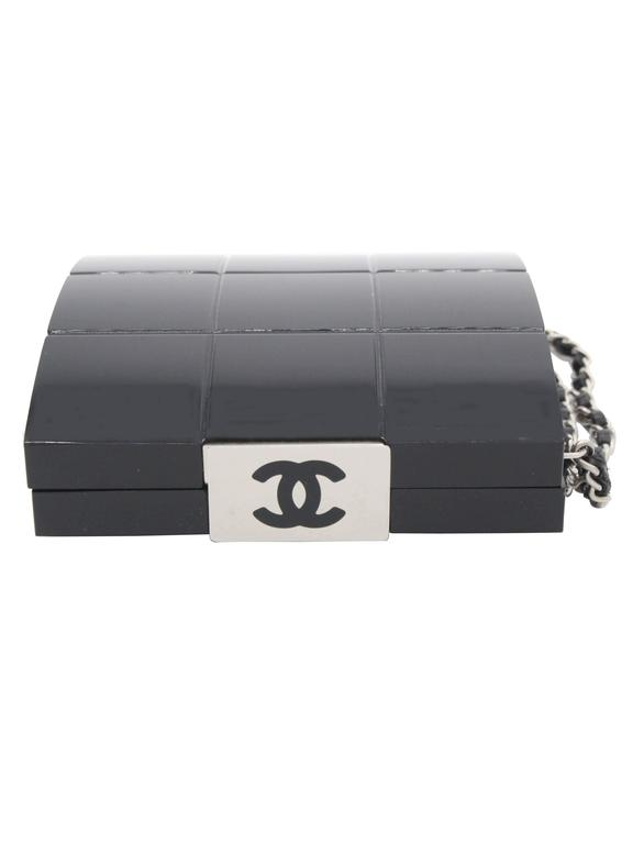 Women's Chanel Black Perspex Lucite Minaudiere Clutch / Chain Wristlet Collectors For Sale