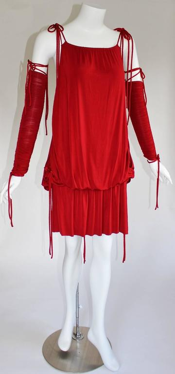 2003 S/S Dolce & Gabbana  Runway Ad Campaign Red Mini Dress Ruched Arm Bands For Sale 3