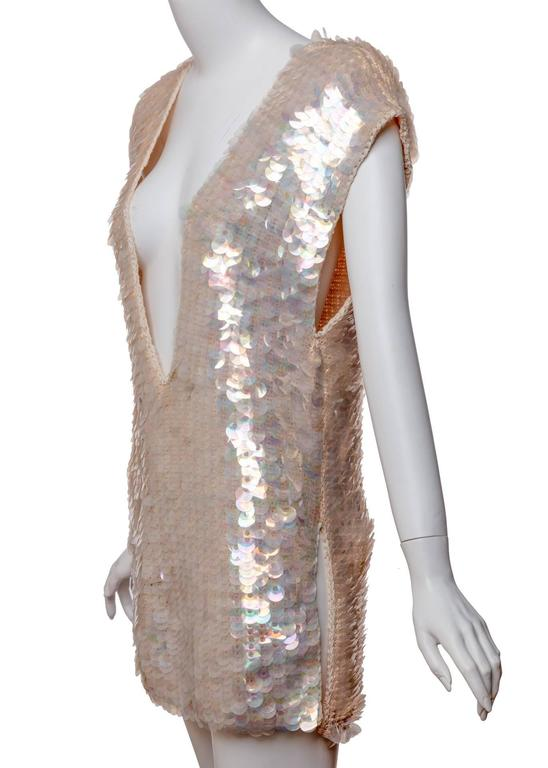 Gray 1960s Sleeveless Plunge Neck Iridescent Pink Paillette Tunic Top Mini Dress  For Sale