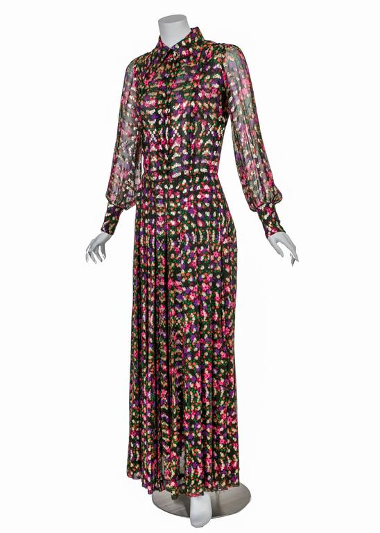 Chanel Haute Couture Vintage Silk Chiffon Dress no 4550, 1975   In Excellent Condition For Sale In Boca Raton, FL