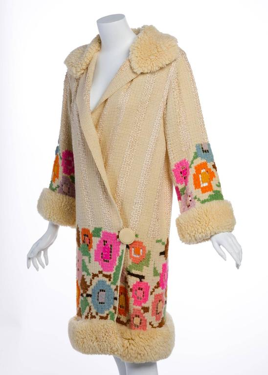 French Art Deco Couture Ivory Wool and  Silk Floral Flapper Coat, 1920s  For Sale 3