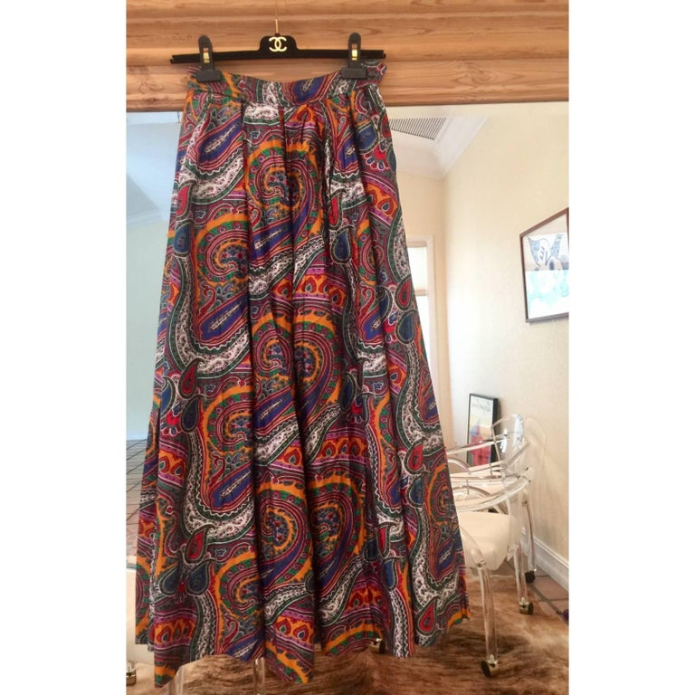 1970s Yves Saint Laurent High Waist Cotton Paisley Peasant Maxi Skirt  In Excellent Condition For Sale In Boca Raton, FL