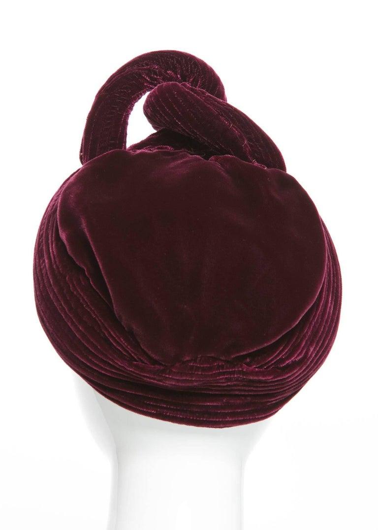 Gray 1930s Vintage Velvet Bordeaux Sculptural Turban Hat For Sale