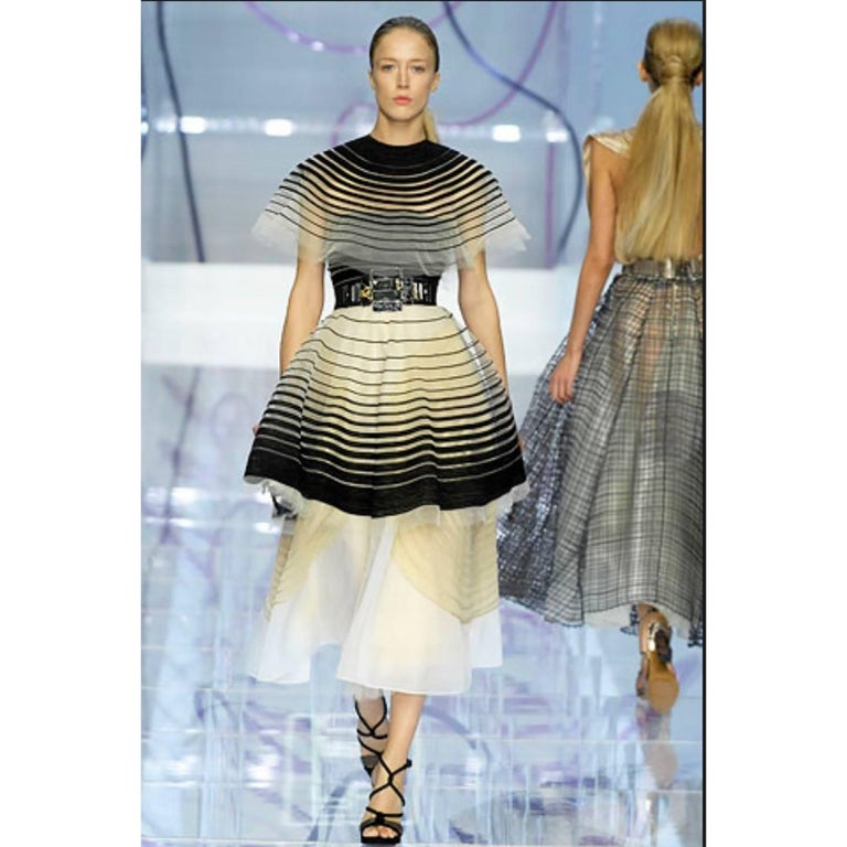 Fendi Runway Black Cut Out Suede Three Piece Dress Cape Skirt Set, 2008  For Sale 11