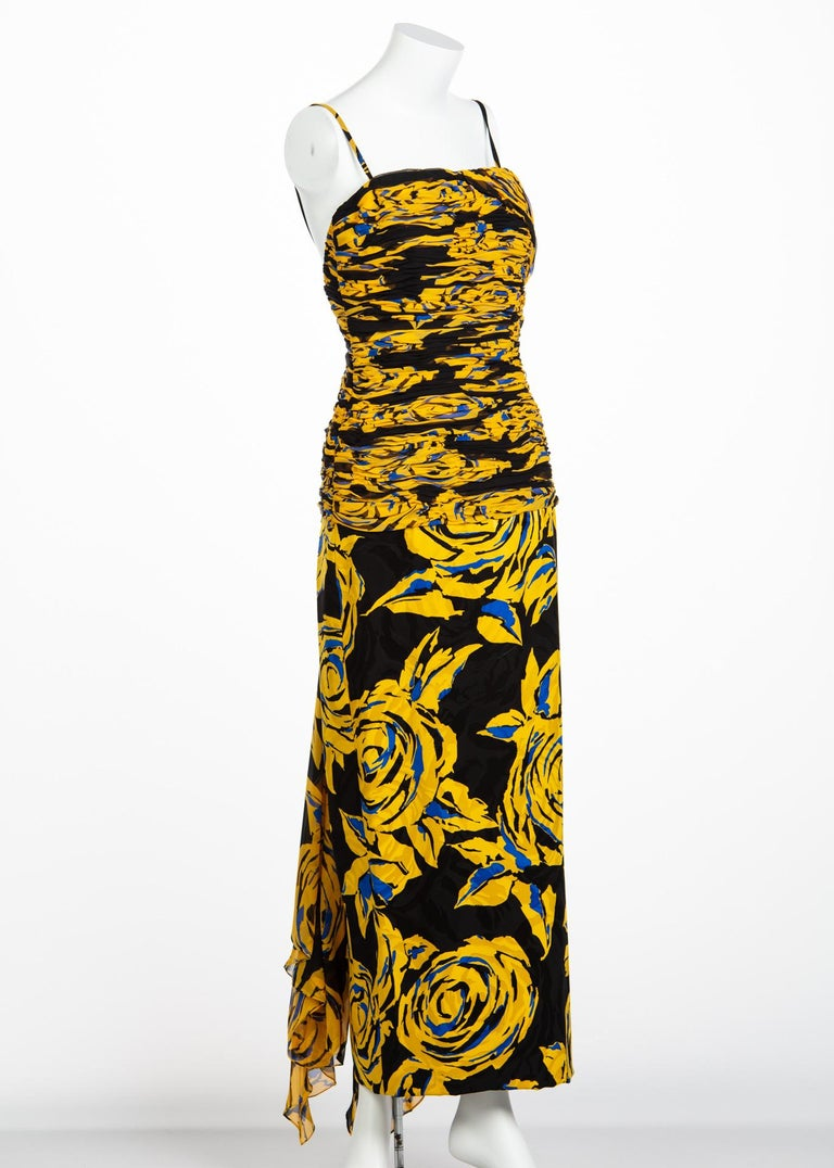 Valentino Yellow Floral Print Draped Black Silk Fishtail Gown Shawl, 1970s In Excellent Condition For Sale In Boca Raton, FL
