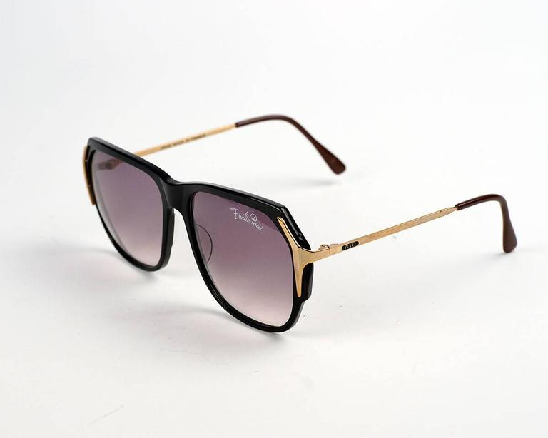 Emilio Pucci Black and Gold Sunglasses In Good Condition For Sale In Los Angeles, CA