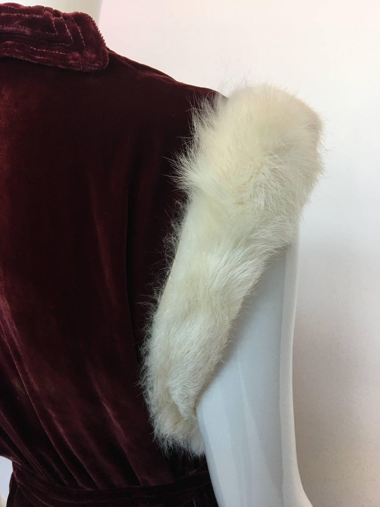 1930's Burgundy Velvet Dress with Rabbit Fur Trimmed Sleeves In Good Condition For Sale In Los Angeles, CA
