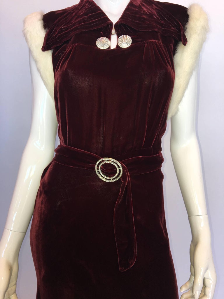 Women's or Men's 1930's Burgundy Velvet Dress with Rabbit Fur Trimmed Sleeves For Sale