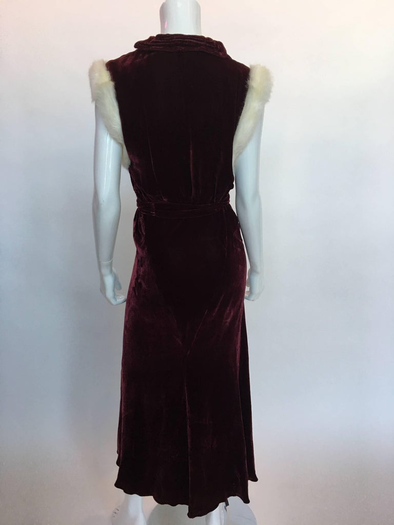 1930's Burgundy Velvet Dress with Rabbit Fur Trimmed Sleeves For Sale 1