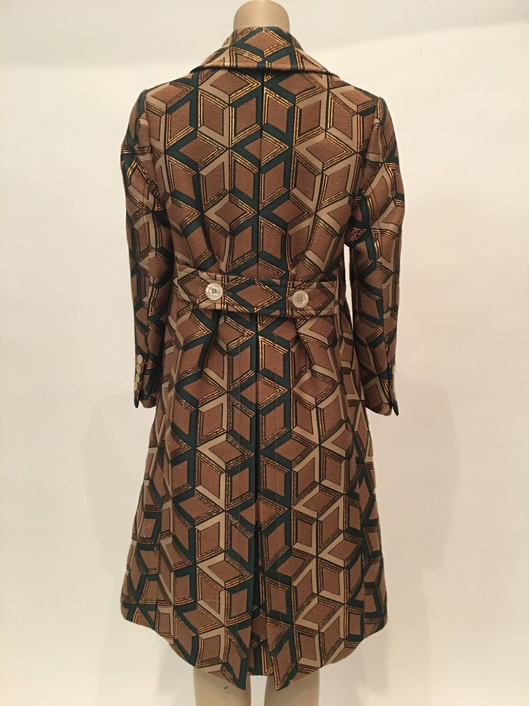 9d1d67e0cd7 Gucci Geometric Copper and Tan Double Breasted Wool Coat In New Condition  For Sale In Los