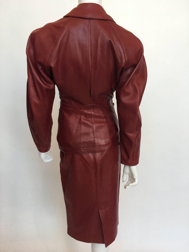 Alaïa 1980's Red Leather Skirt Suit In Good Condition For Sale In Los Angeles, CA