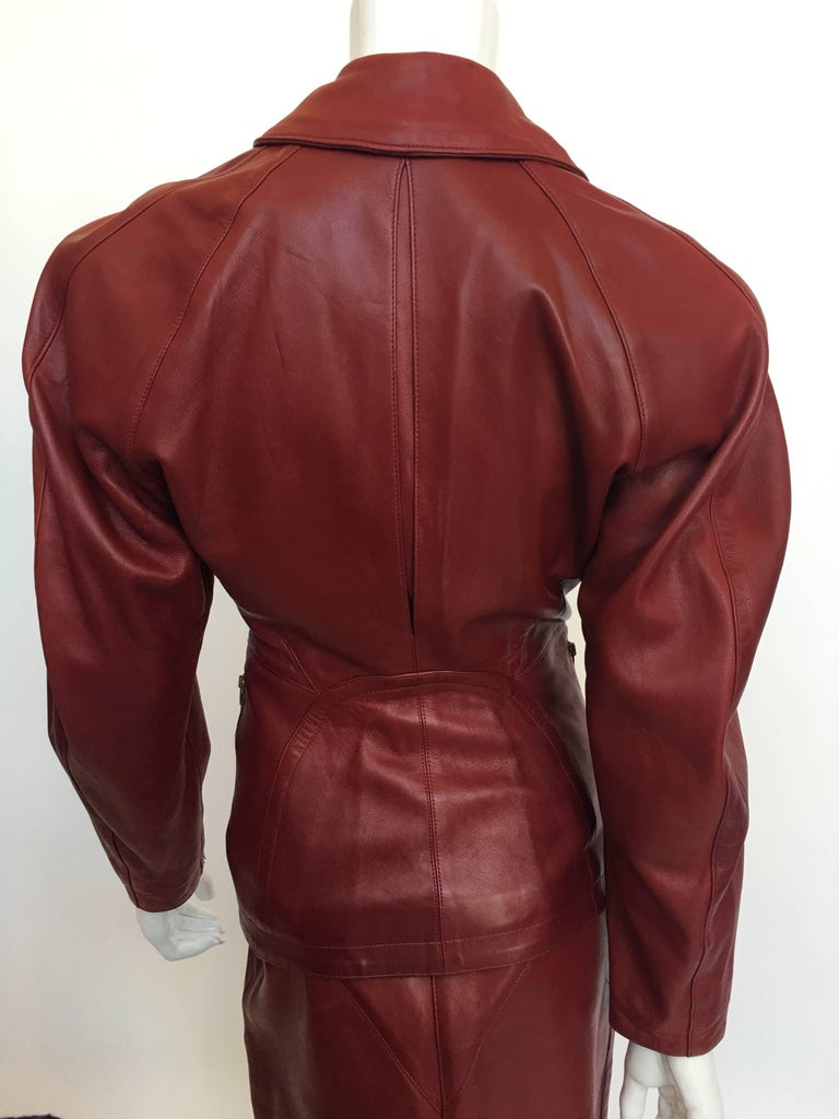 Women's or Men's Alaïa 1980's Red Leather Skirt Suit For Sale
