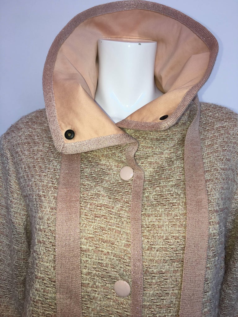 Women's or Men's Missoni Wool Dusty Rose & Ivory Woven Jacket With Metallic Thread For Sale