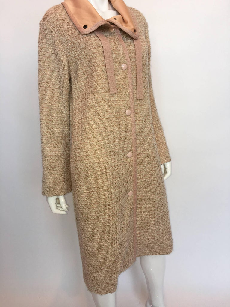"""Missoni Wool Dusty Rose & Ivory Woven Jacket With Metallic Thread  Made in Italy  Size label: US 12  Shoulders - seam to seam: 19"""" Sleeve - shoulder seam to wrist cuff: 22.5"""" Armpit to armpit: 19.5"""" Bust: 19.5"""" Waist:"""
