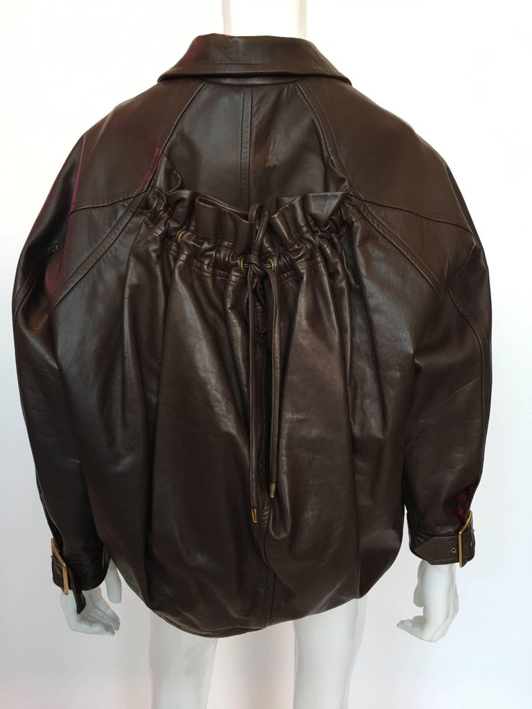Black 1990s Isaac Mizrahi Oversized Dark Brown Leather Jacket with Built in Backpack For Sale