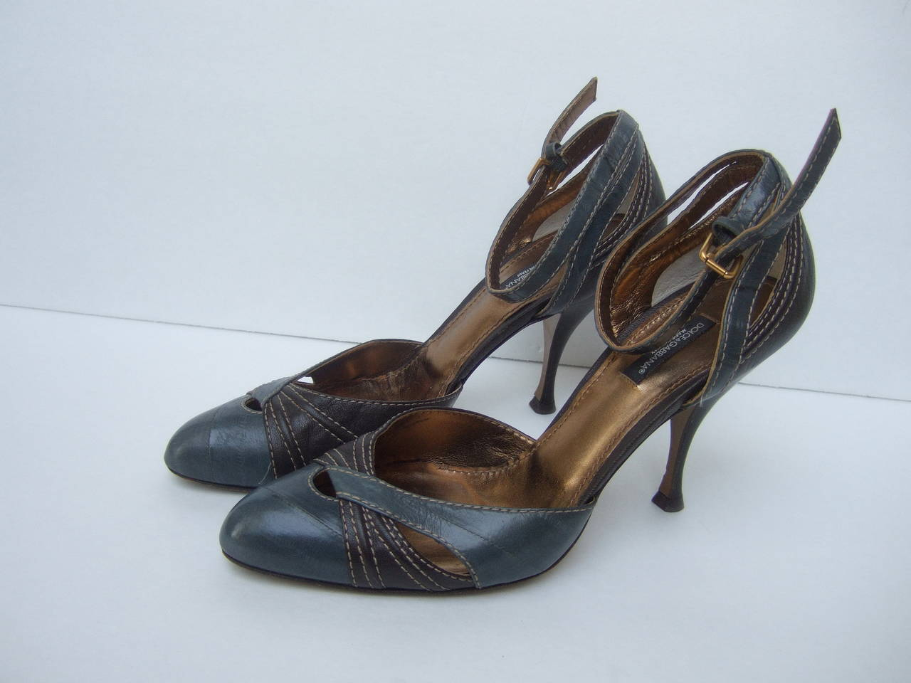 Dolce & Gabbana Gray & Brown Ankle Strap Shoes Size 39.5 Made in Italy For Sale 2
