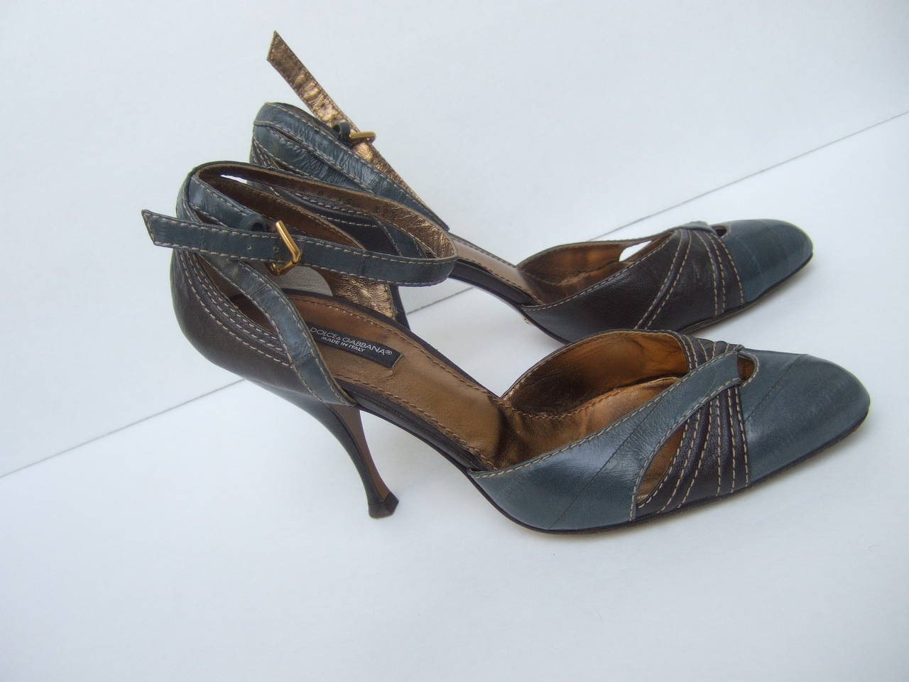 Dolce & Gabbana Gray & Brown Ankle Strap Shoes Size 39.5 Made in Italy For Sale 3