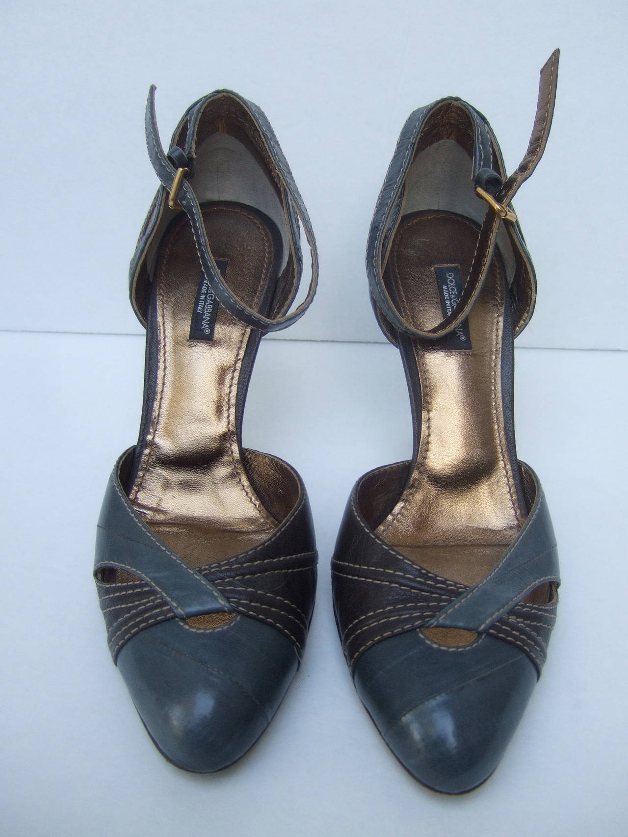 Black Dolce & Gabbana Gray & Brown Ankle Strap Shoes Size 39.5 Made in Italy For Sale