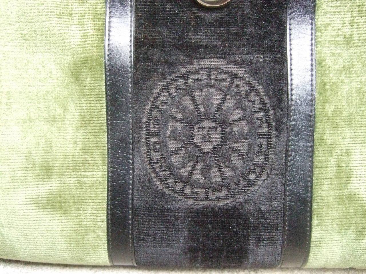 Roberta Di Camerino Moss Green & Ebony Velvet Handbag Made in Italy For Sale 2