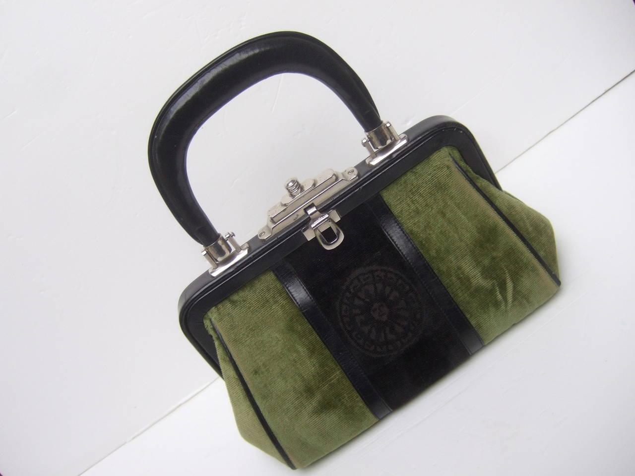 Roberta Di Camerino Moss Green & Ebony Velvet Handbag Made in Italy For Sale 3