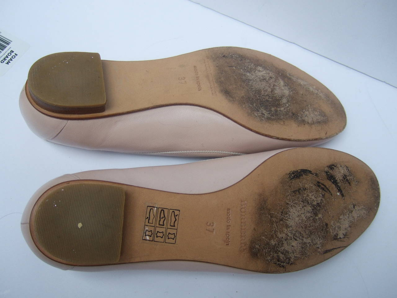 Burberry Blush Pink Leather Ballet Style Flats Size 37 For Sale 2