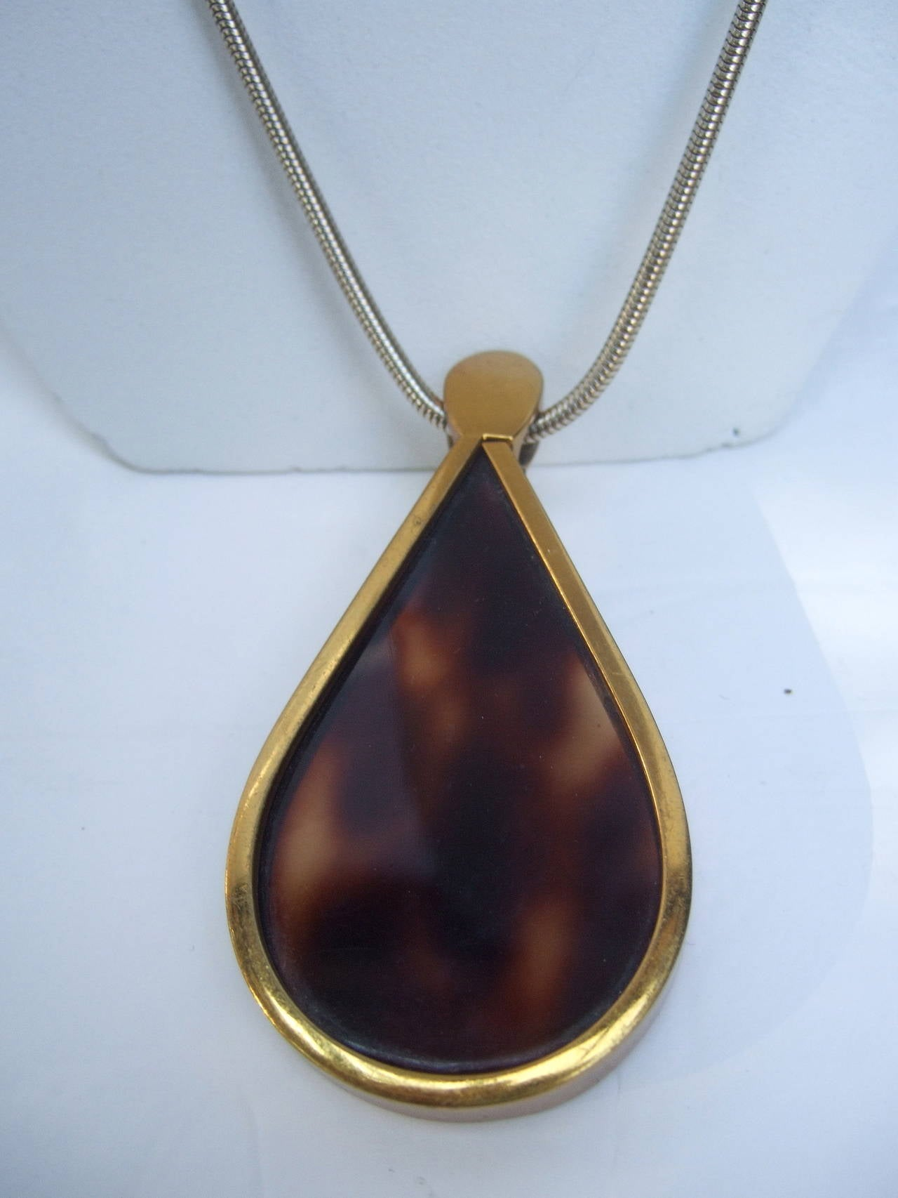 Judith Leiber Mod tortoise shell lucite pendant necklace ca 1970s