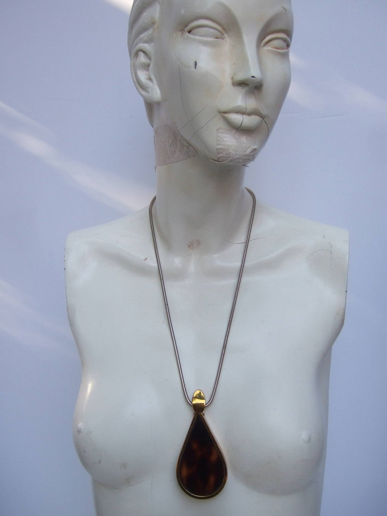 Women's Judith Leiber Mod Tortoise Shell Lucite Pendant Necklace ca 1970s For Sale