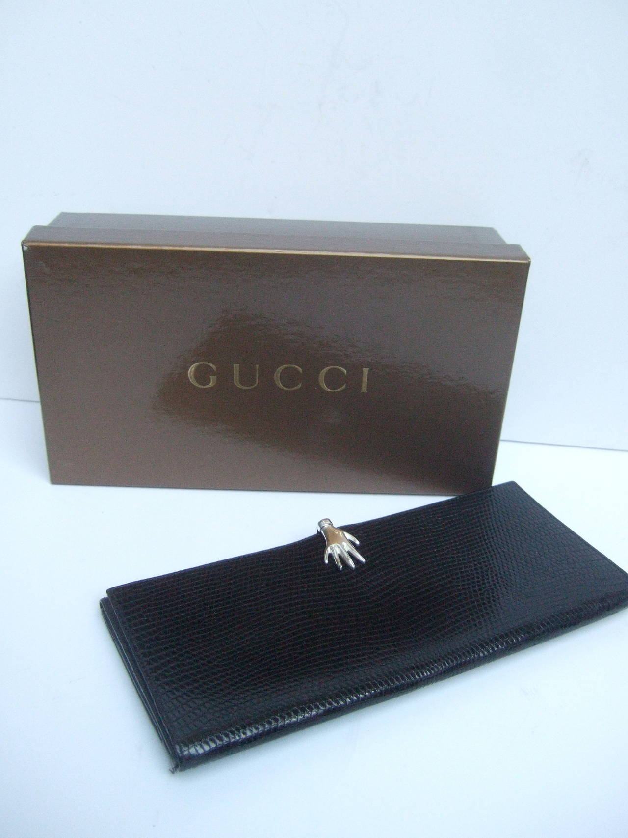 6704c900c98 Gucci Rare Sterling Hand Clasp Embossed Black Leather Wallet in Gucci box  In Good Condition For